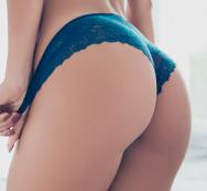 booty lady wearing blue seamless underwear